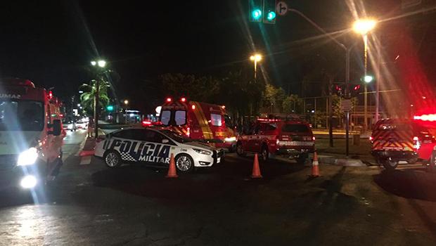 Acidente envolvendo moto e carro deixa um morto na Avenida Castelo Branco, em Goiânia