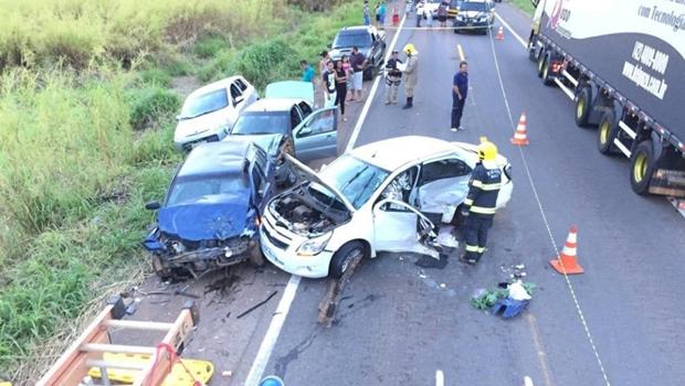 Feriado tem 24 acidentes com seis mortes nas BRs goianas