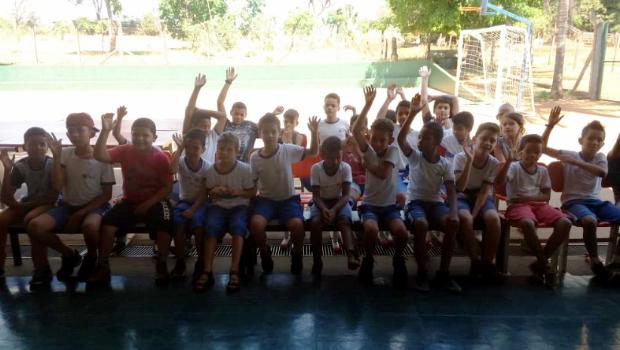 Sem espaço, escola municipal de região rural de Goiânia não consegue atender famílias