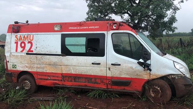 Dois acidentes com ambulâncias deixam três mortos e seis feridos em Goiás