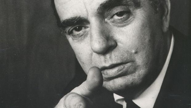 """Nelson Rodrigues diz que Marx era uma """"besta"""" e """"o biquíni é a degradação da nudez"""""""