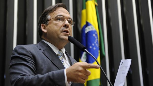 """""""Nós não perdemos competitividade, só deixamos de ganhar"""", diz Sandro Mabel sobre incentivos fiscais"""