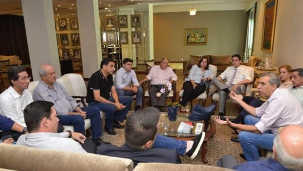 Em encontro com governador, deputados do PSDB tratam de formatação da oposição em 2019