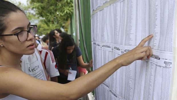 Estudantes de todo o Brasil realizam prova do segundo dia do Enem