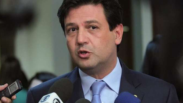 Bolsonaro anuncia deputado do DEM para Ministério da Saúde