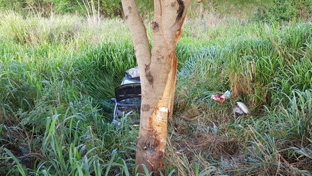 Mãe e filho morrem em acidente na BR 153