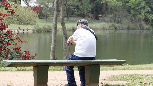 Expectativa de vida em Goiás continua distante da média nacional