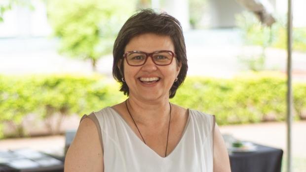 "Larissa Mundim: ""Editoras independentes vivem momento muito produtivo"""