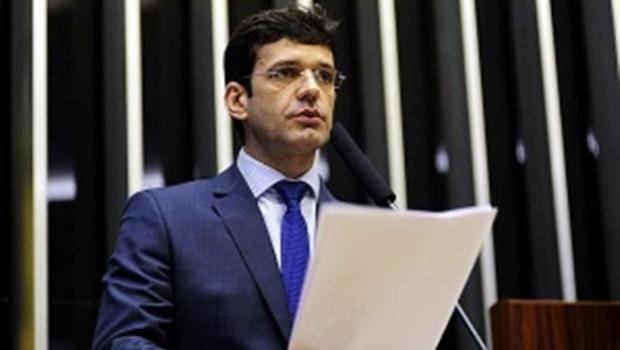 Bolsonaro anuncia novo ministro do Turismo