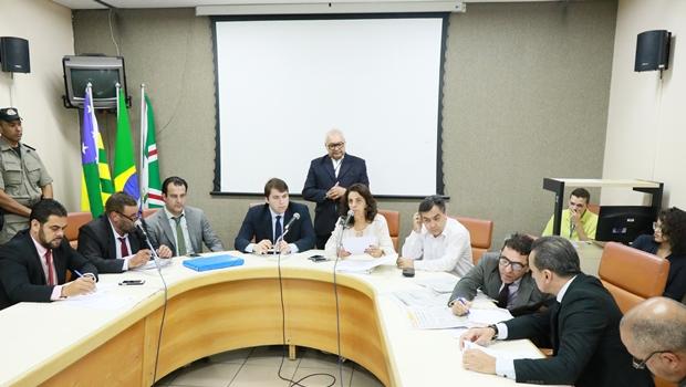 Comissão Mista aprova antecipação da eleição da Mesa Diretora