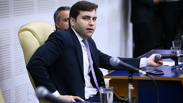 """Lucas Kitão diz que Jair Bolsonaro tem """"surpreendido positivamente"""""""