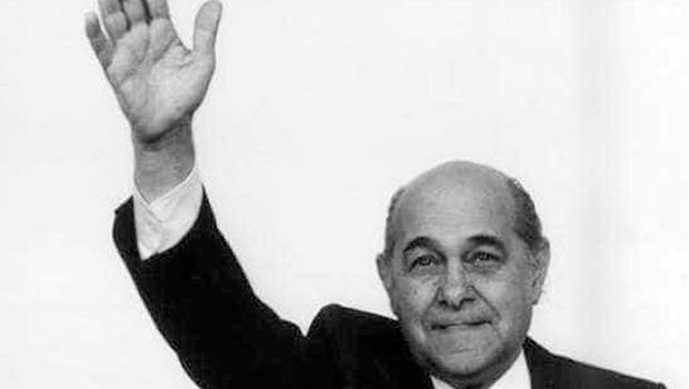 """Tancredo Neves teria dito que a """"raiva"""" é a inimiga número um dos verdadeiros políticos"""