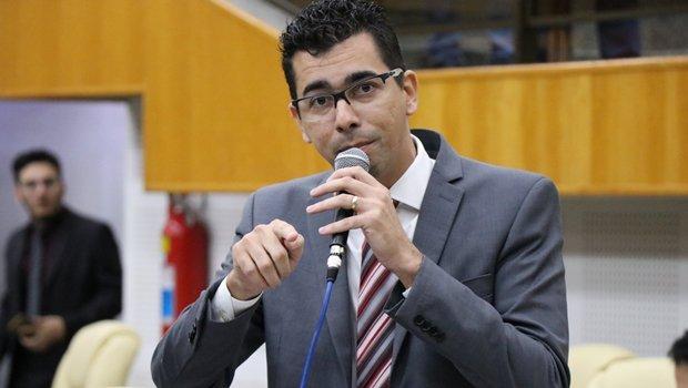 Vereador do Pros critica falta de diálogo no diretório estadual