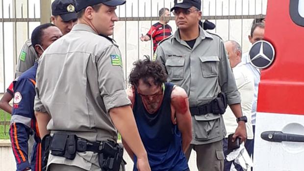 Homem invade igreja em Aparecida de Goiânia e ataca fiéis