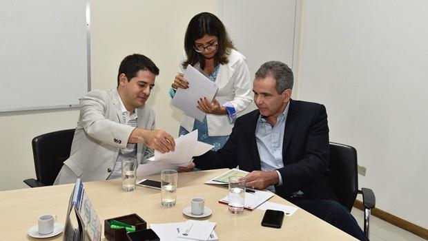 Novo secretário reúne-se com superintendentes para discutir situação da Saúde em Goiás