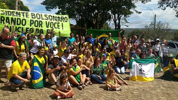 Apoiadores de Bolsonaro fazem manifestações em Brasília