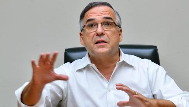 """""""A vida sempre tem prioridade"""", afirma Sandro Mabel ao falar sobre medidas de enfrentamento ao coronavírus"""