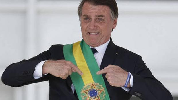 CCJ aprova título de cidadão goiano ao presidente Jair Bolsonaro