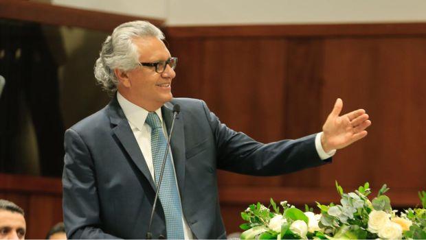 Assembleia vota primeira fase da reforma administrativa de Caiado e orçamento