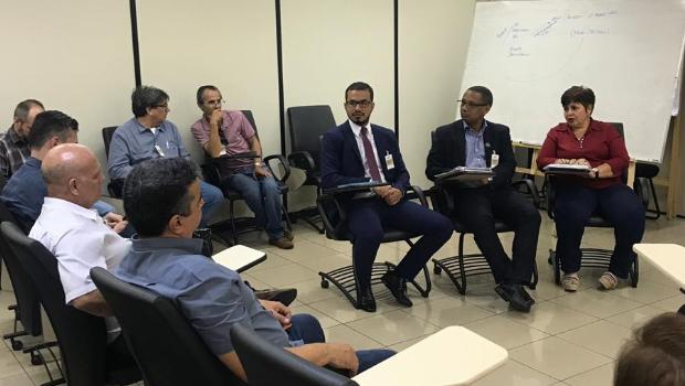Em reunião com Ministério Público, Fórum de entidades pede medidas contra governo
