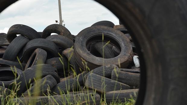 Prefeitura de Aparecida realiza ação de recolhimento de pneus descartados incorretamente na cidade