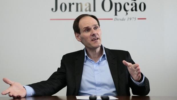 """""""Não tenho como definir presidente da CCJ, porque é eleição"""", afirma Lissauer Vieira"""