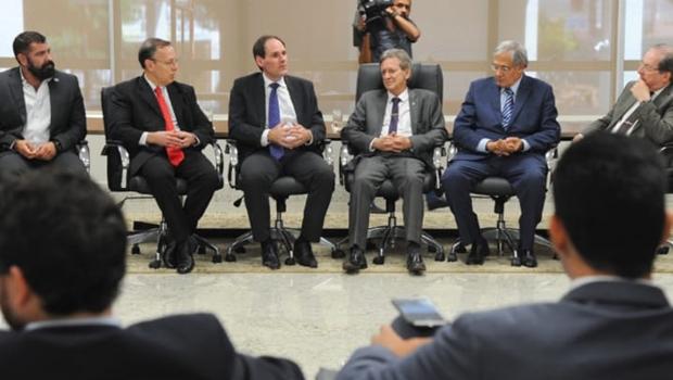 Em visita ao TJ, presidente da Alego reforça interesse pela harmonia dos Poderes