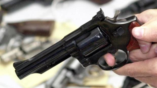 Pastores suspeitos de mandar matar fiel são presos dentro de igreja