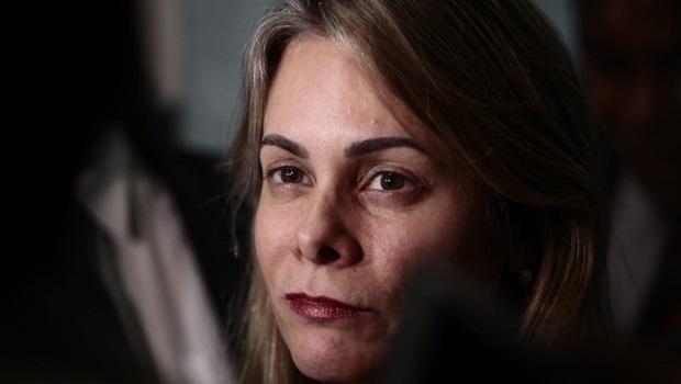 Cristiane Schmidt afirma que Goiás não pretende recorrer ao STF contra a União
