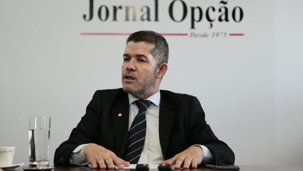 PSL suspende atividade partidária de cinco deputados
