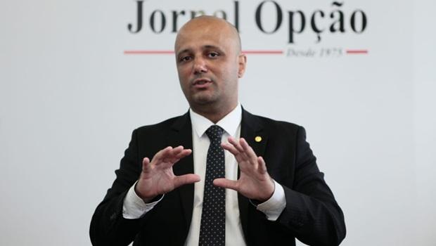 """""""Agora é aguardar o executivo decidir"""", diz líder do governo sobre projeto de socorro a Estados"""
