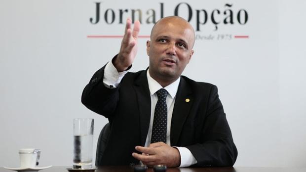Major Vitor Hugo fala sobre MP 870, Coaf, Rodrigo Maia e críticas