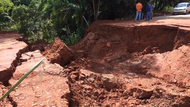Situação das rodovias se agrava, causa transtornos e prejuízos a produtores