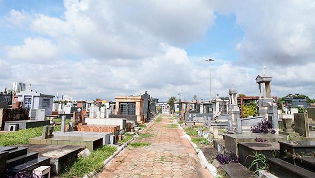 Roubos no cemitério Santana: por que ninguém faz nada?