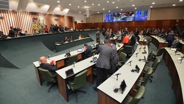 CCJ derruba veto de Caiado a emendas da Assembleia à LDO