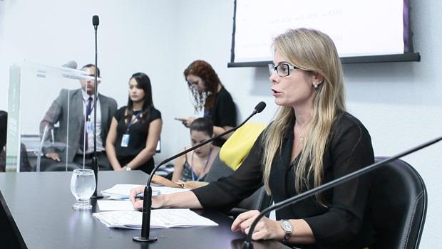 Cristiane Schmidt - Foto Fernando Leite Jornal Opção 62