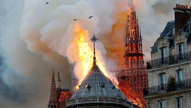 Brasileira bilionária doa R$ 88 milhões para Catedral de Notre-Dame