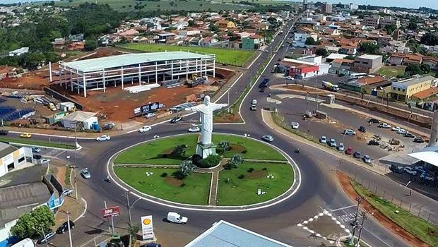 Caiado sanciona lei que transfere capital para Rio Verde durante Tecnoshow