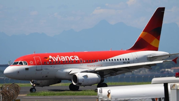 Avianca passará a pagar tarifa de operação de voos antecipadamente à Infraero