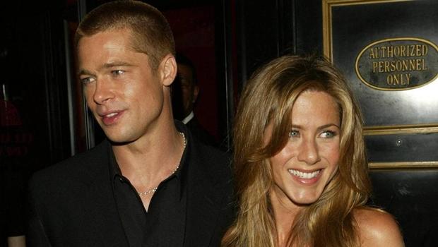 Brad Pitt dá presente milionário à ex-mulher Jennifer Aniston