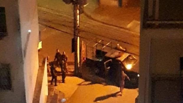 Militar do Exército mantém esposa e filhos reféns na Zona Norte do Rio