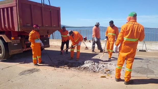 Equipe da Ageto trabalha na Ponte de Porto Nacional | Foto: Ageto