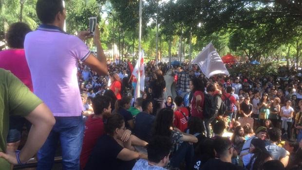 """""""Pauta do corte pegou gente de fora esquerda e isso não é bom para o Governo"""", diz MBL"""