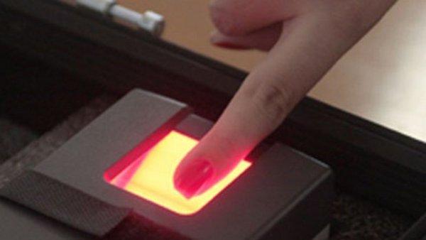 Projeto que institui ponto biométrico para médicos na rede municipal de Saúde segue para CCJ