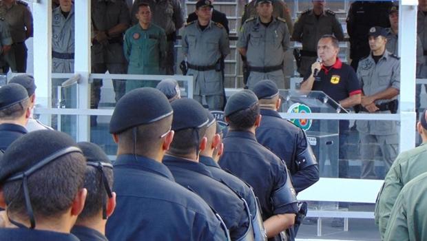 Governo Federal quer comprar mais de 100 mil pistolas para polícias civil e militar