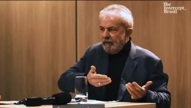 Ex-presidente Lula já usa aliança de compromisso
