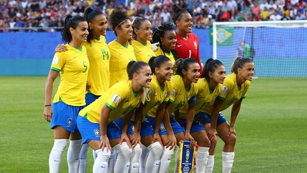 Brasileiras encaram seu maior desafio na Copa do Mundo diante das anfitriãs francesas