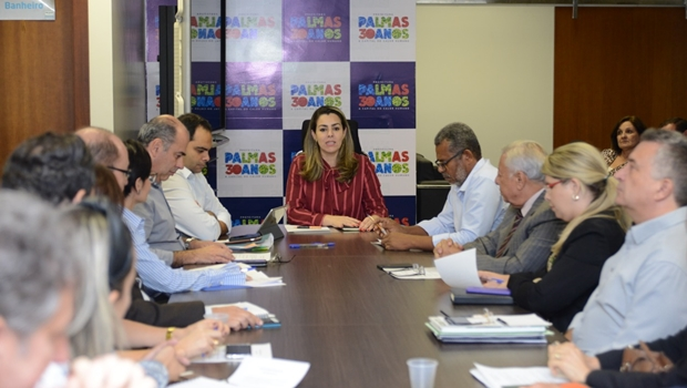 Cinthia Barcelos anuncia reforma administrativa