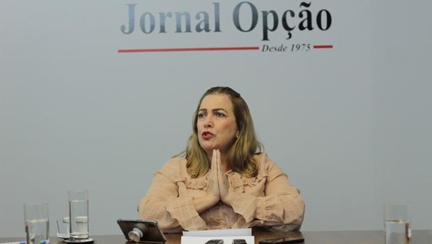Aulas totalmente presenciais não serão retomadas até que haja vacinação em massa, garante Fátima Gavioli