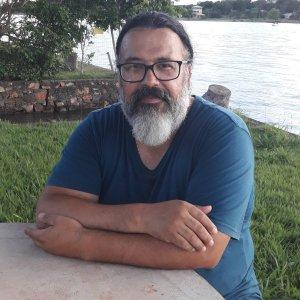 Lúcio Big investiga a Cota Executiva para Atividade Parlamentar